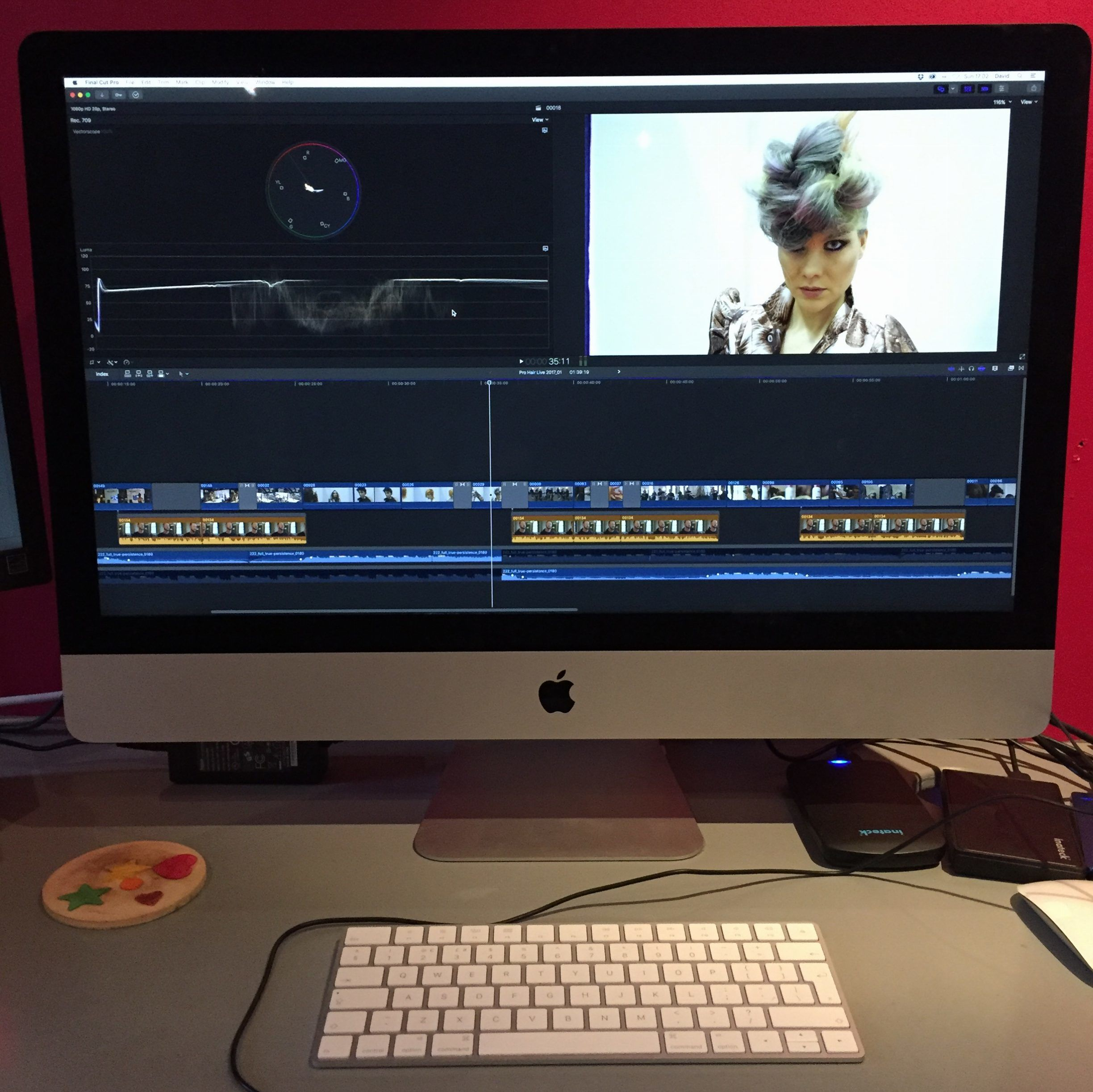 imac computer with Final Cut Pro X editing software. Event video company editing event footage.